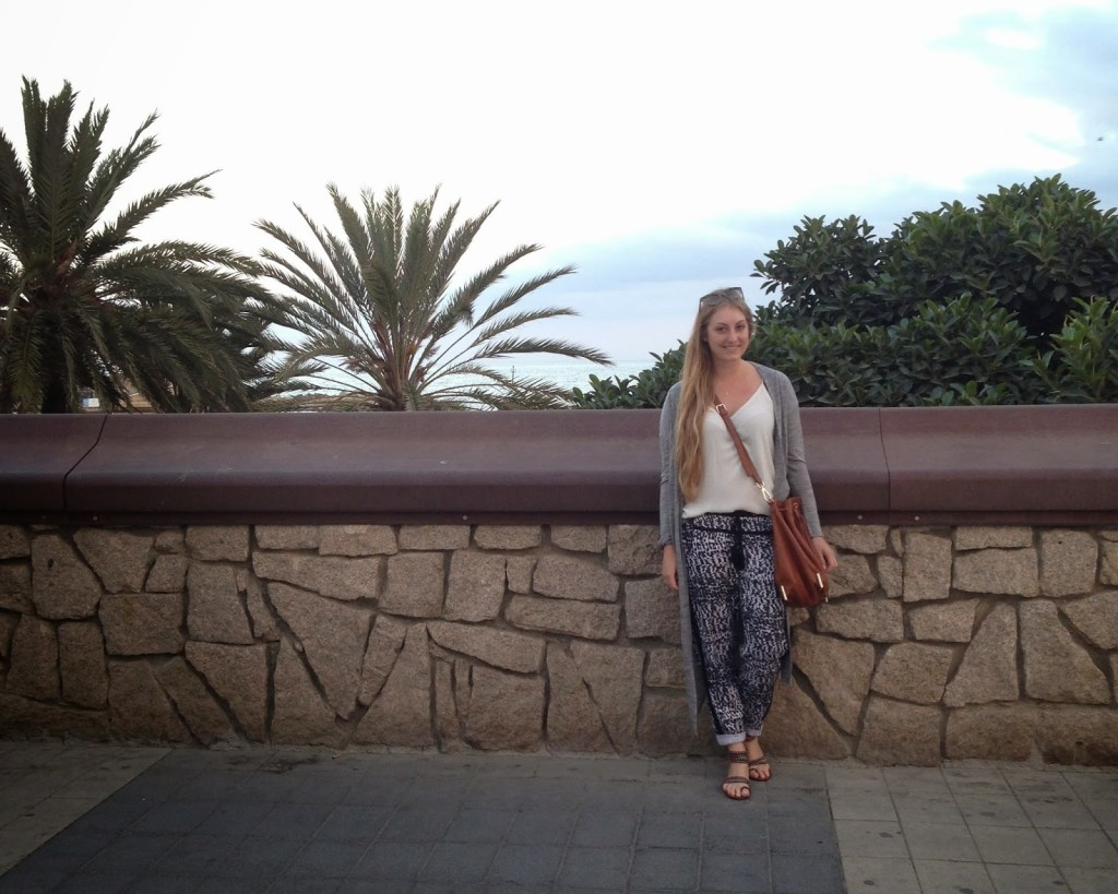 Barcelona Sightseeing Outfit