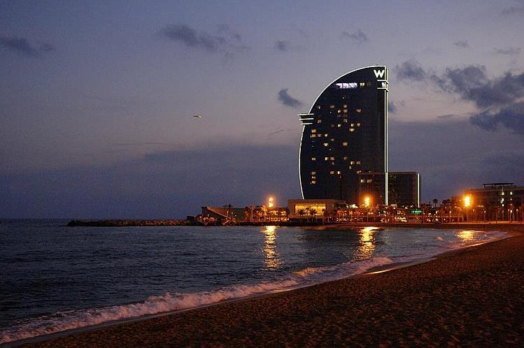 barcelona-pictures-hotel-w-vela-barceloneta-beach_6830