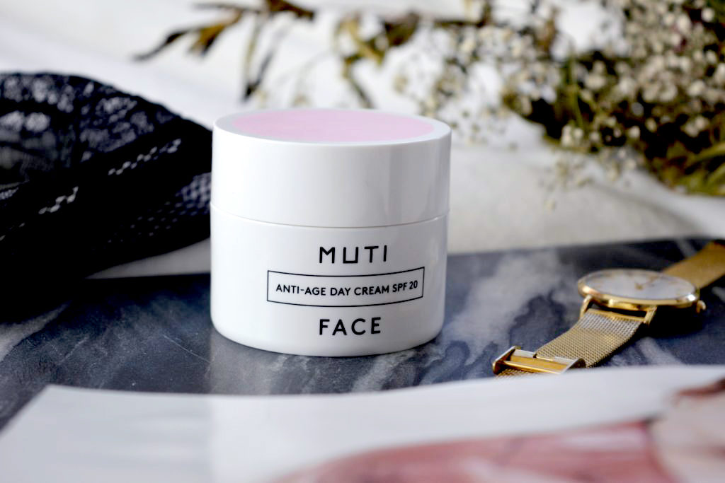 DAILY FACE CARE WITH MUTI